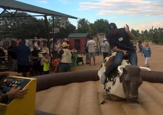 airbound-mechanical-bull-13